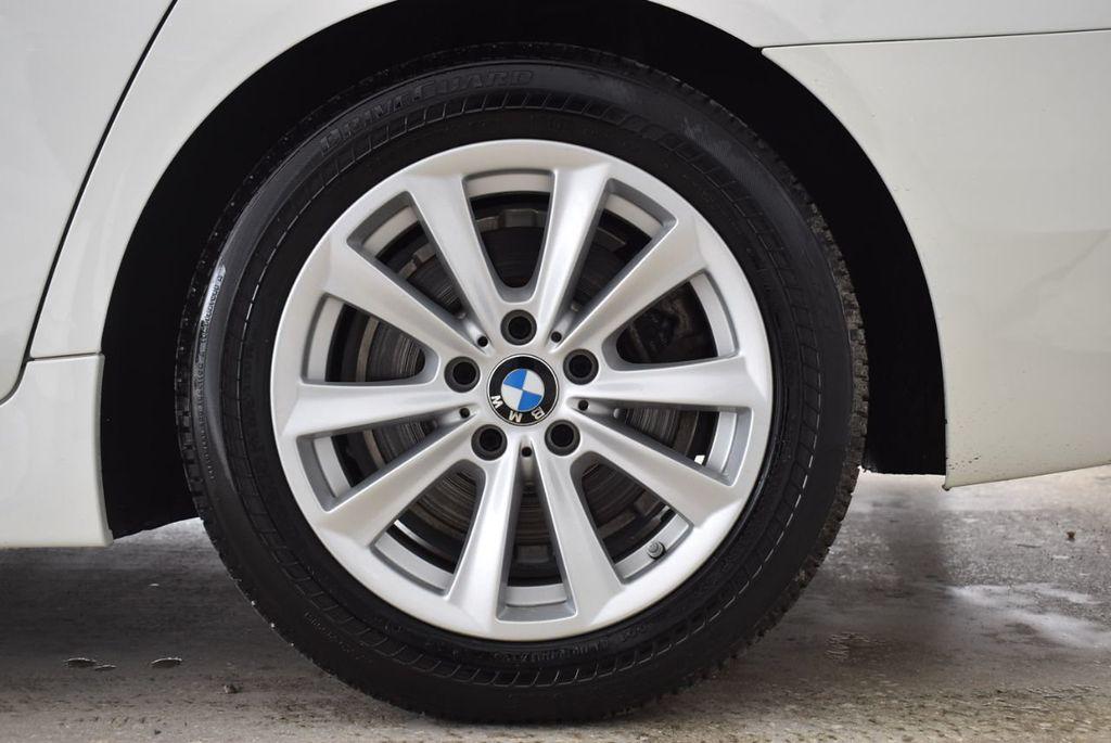 2015 BMW 5 Series 528i - 18592359 - 8