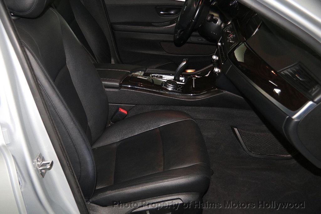 2015 BMW 5 Series 528i - 17174082 - 13