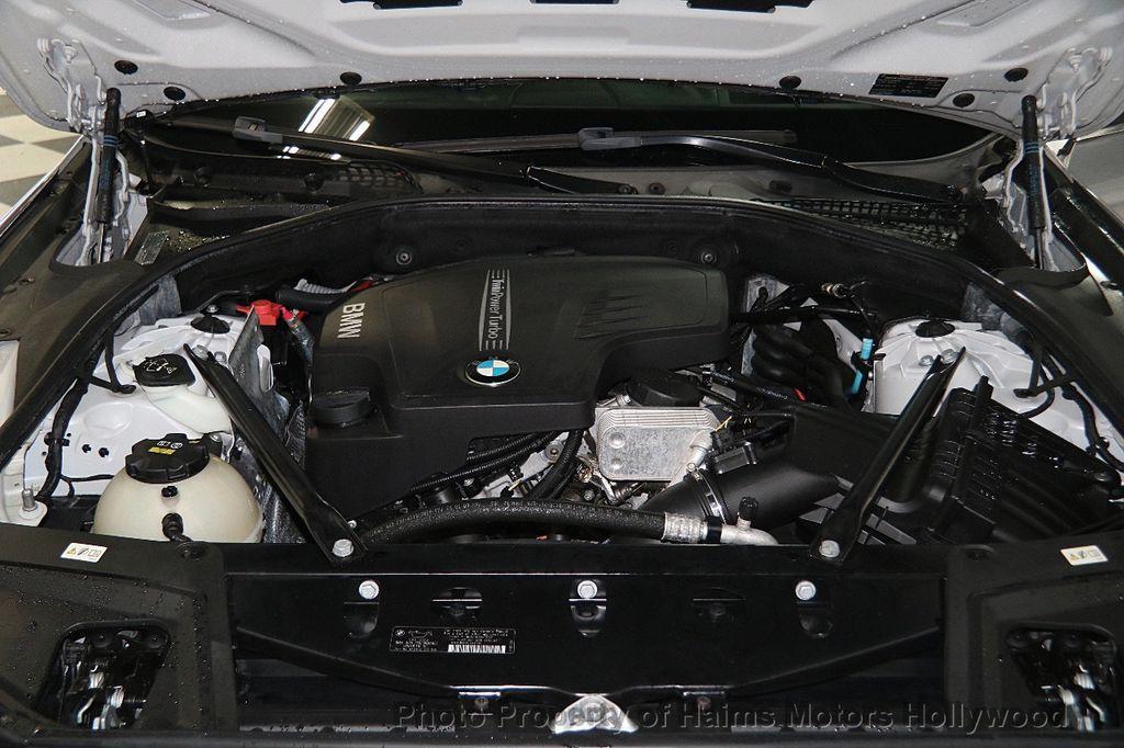 2015 BMW 5 Series 528i - 17174082 - 34