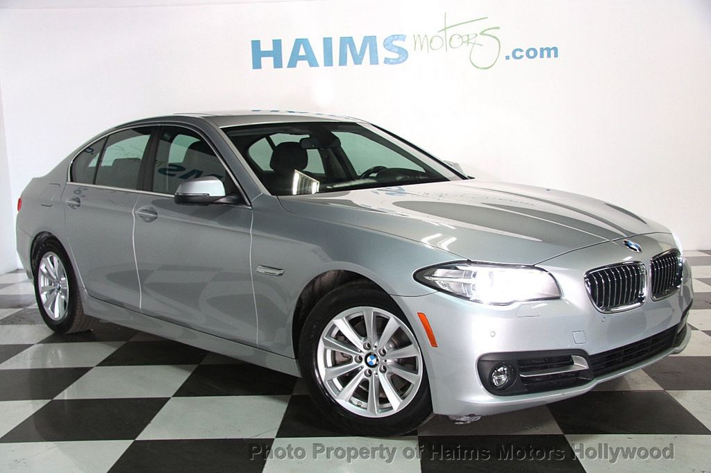 2015 BMW 5 Series 528i - 17174082 - 3
