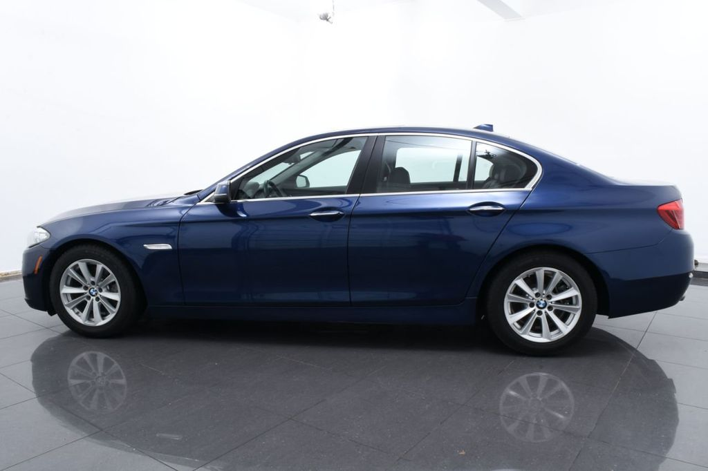 2015 BMW 5 Series 528i xDrive - 18326699 - 10