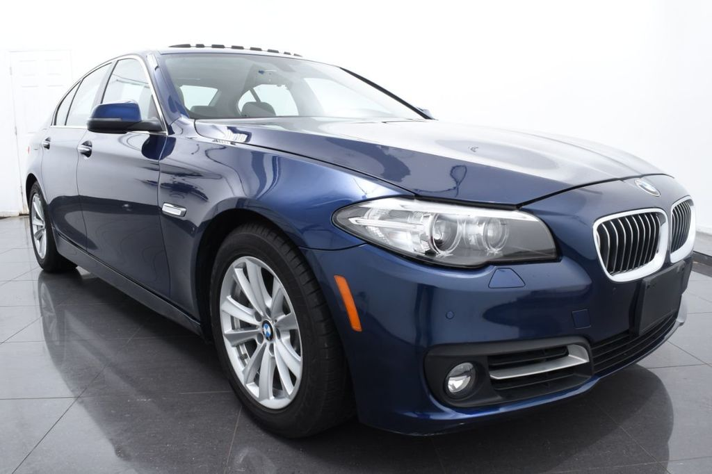 2015 BMW 5 Series 528i xDrive - 18326699 - 1