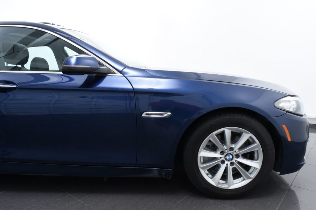 2015 BMW 5 Series 528i xDrive - 18326699 - 5