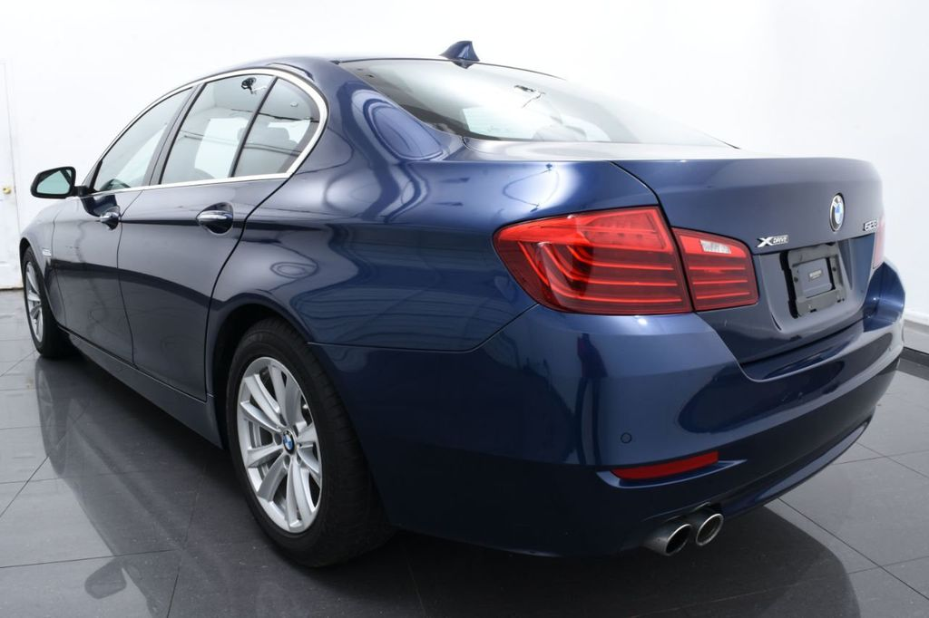 2015 BMW 5 Series 528i xDrive - 18326699 - 8