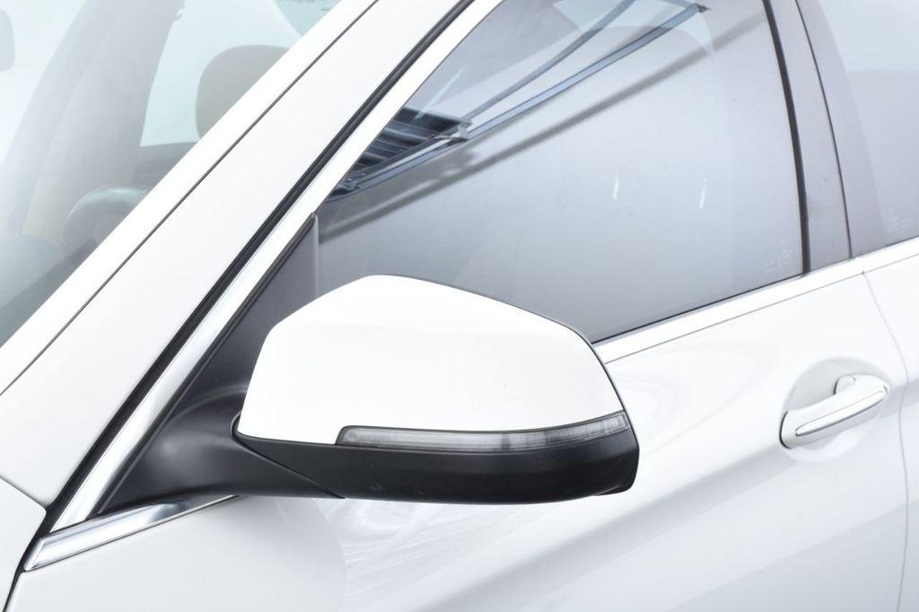 2015 BMW 5 Series 528i xDrive - 18401740 - 15
