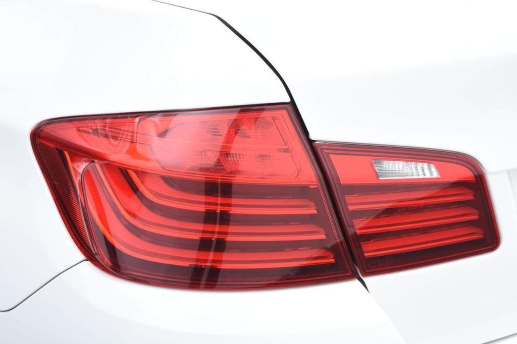 2015 BMW 5 Series 528i xDrive - 18401740 - 16
