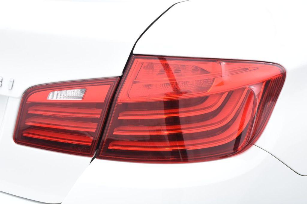 2015 BMW 5 Series 528i xDrive - 18401740 - 17