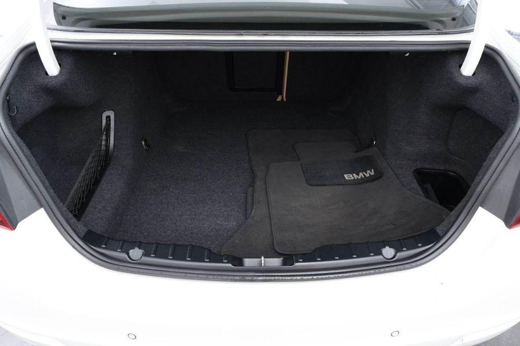 2015 BMW 5 Series 528i xDrive - 18401740 - 19