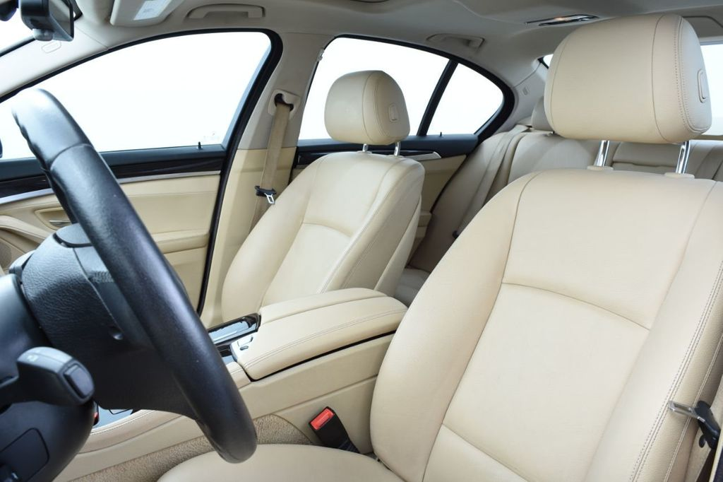 2015 BMW 5 Series 528i xDrive - 18401740 - 25