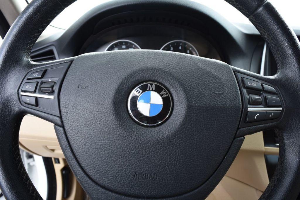 2015 BMW 5 Series 528i xDrive - 18401740 - 30