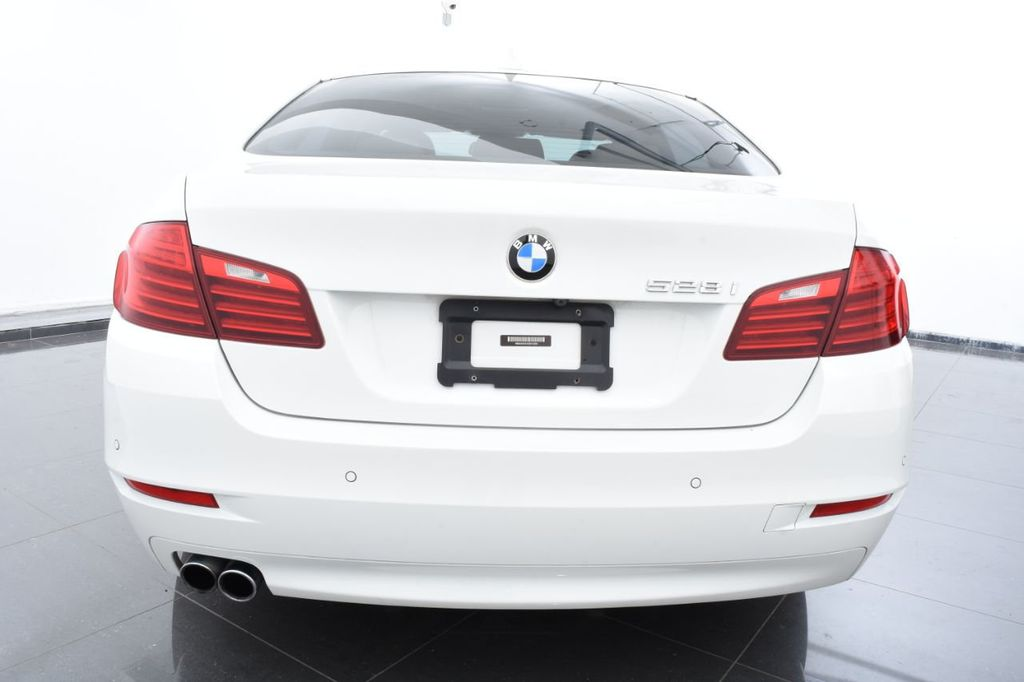 2015 BMW 5 Series 528i xDrive - 18401740 - 3