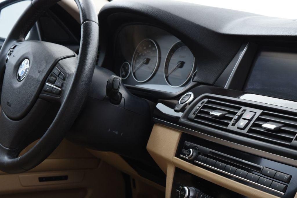 2015 BMW 5 Series 528i xDrive - 18401740 - 39