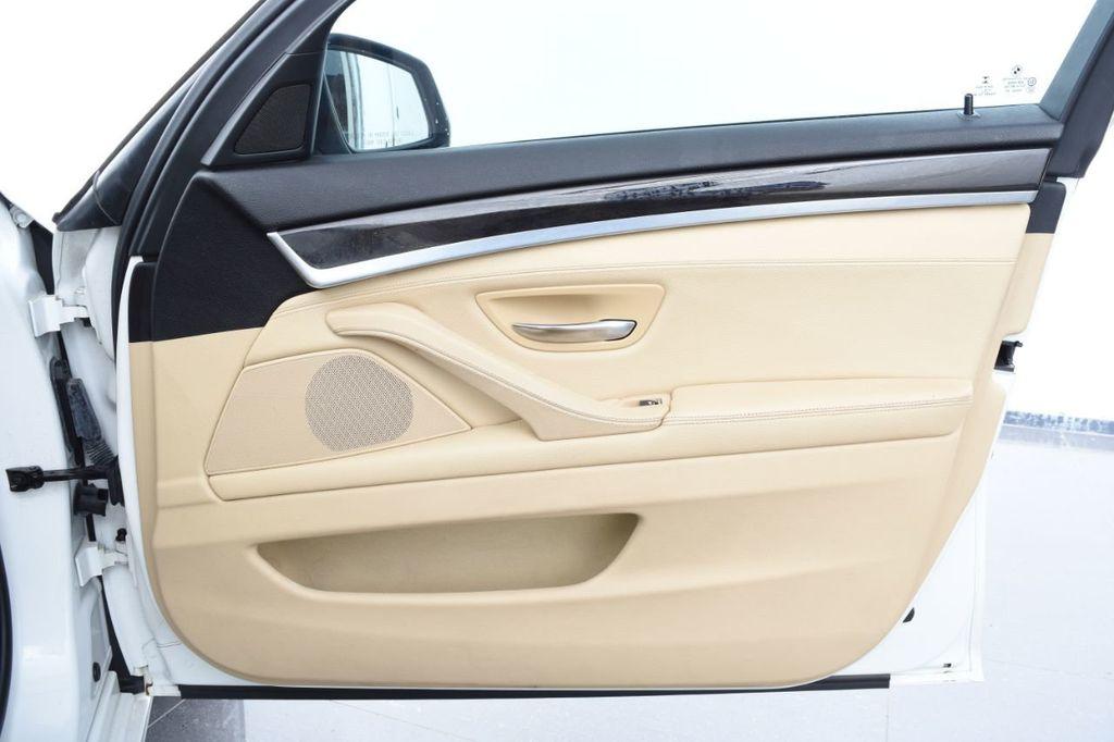 2015 BMW 5 Series 528i xDrive - 18401740 - 53