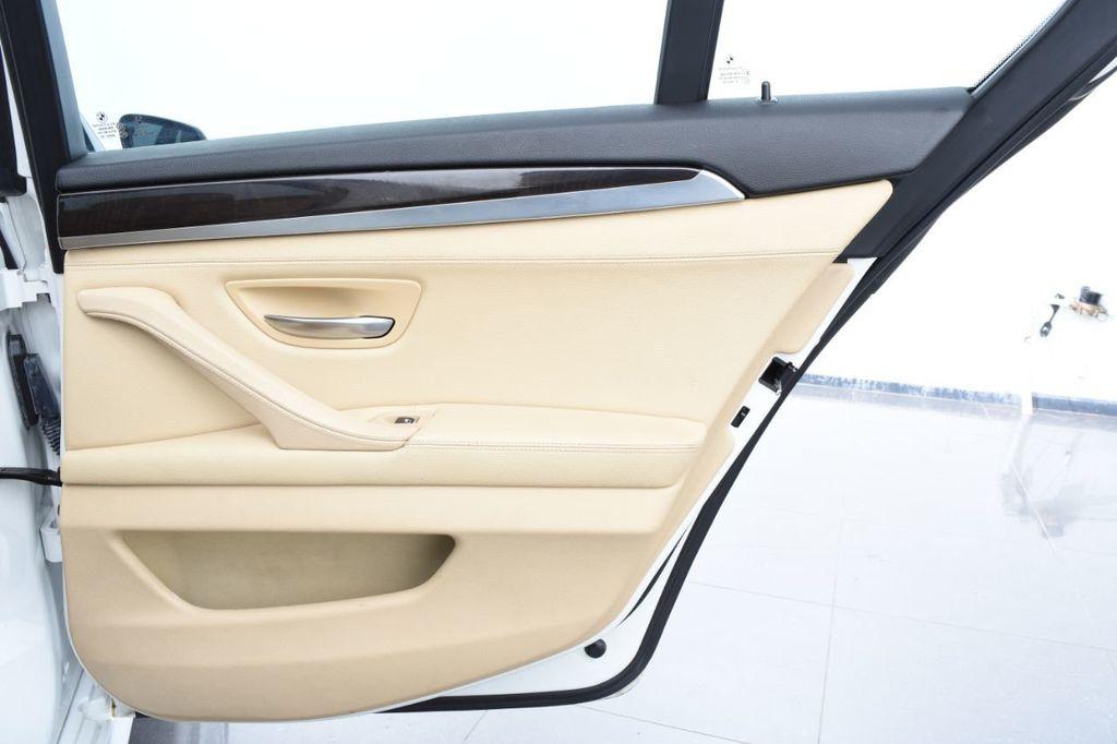 2015 BMW 5 Series 528i xDrive - 18401740 - 55