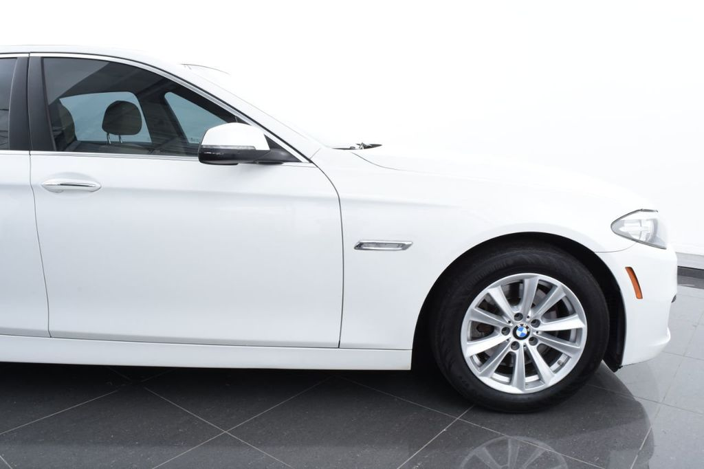 2015 BMW 5 Series 528i xDrive - 18401740 - 5