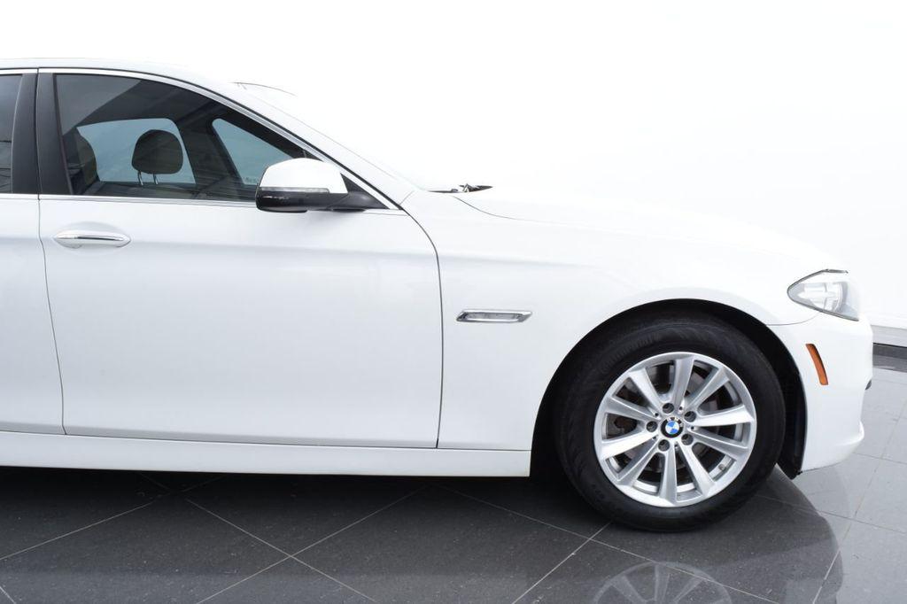 2015 BMW 5 Series 528i xDrive - 18401740 - 5