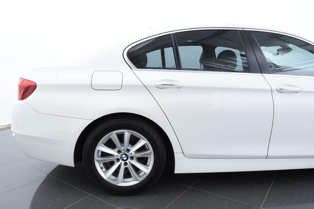 2015 BMW 5 Series 528i xDrive - 18401740 - 7