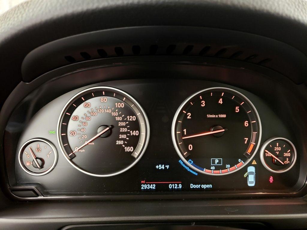 2015 BMW 5 Series 528i xDrive - 18253639 - 19
