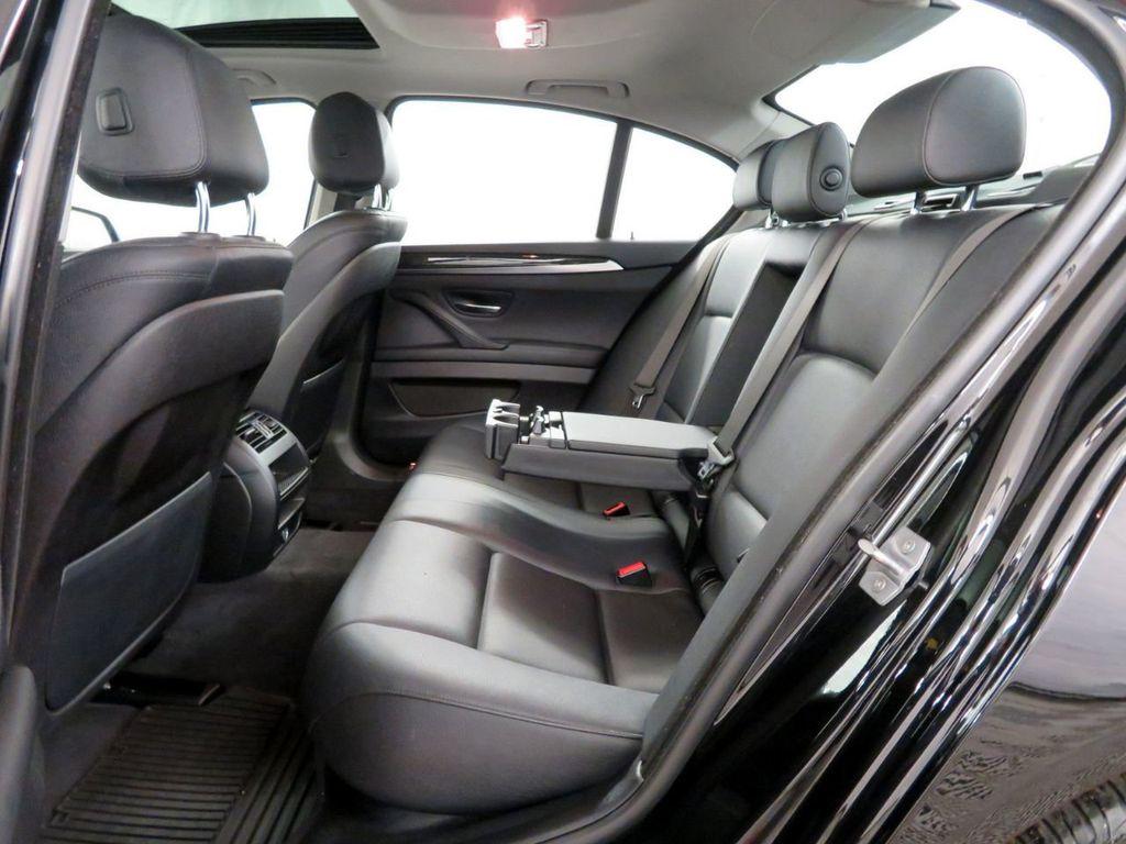 2015 BMW 5 Series 528i xDrive - 18515963 - 9