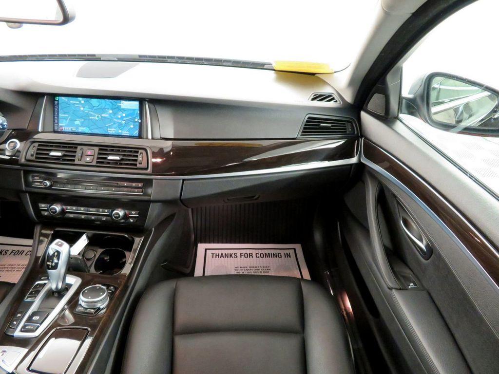 2015 BMW 5 Series 528i xDrive - 18515963 - 13