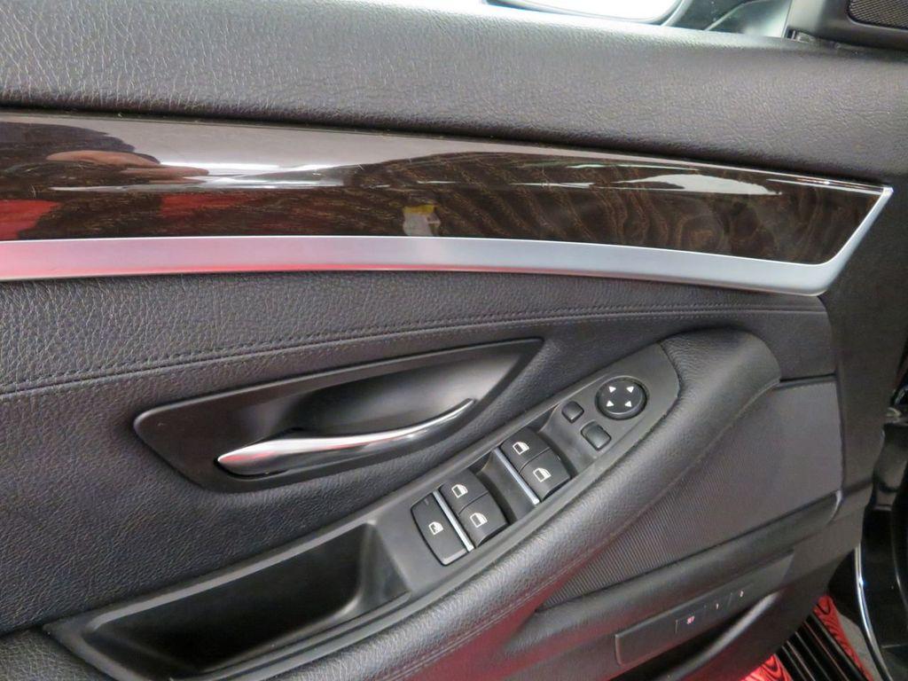 2015 BMW 5 Series 528i xDrive - 18515963 - 15