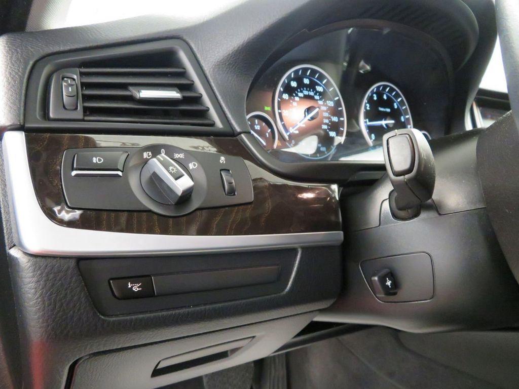 2015 BMW 5 Series 528i xDrive - 18515963 - 18
