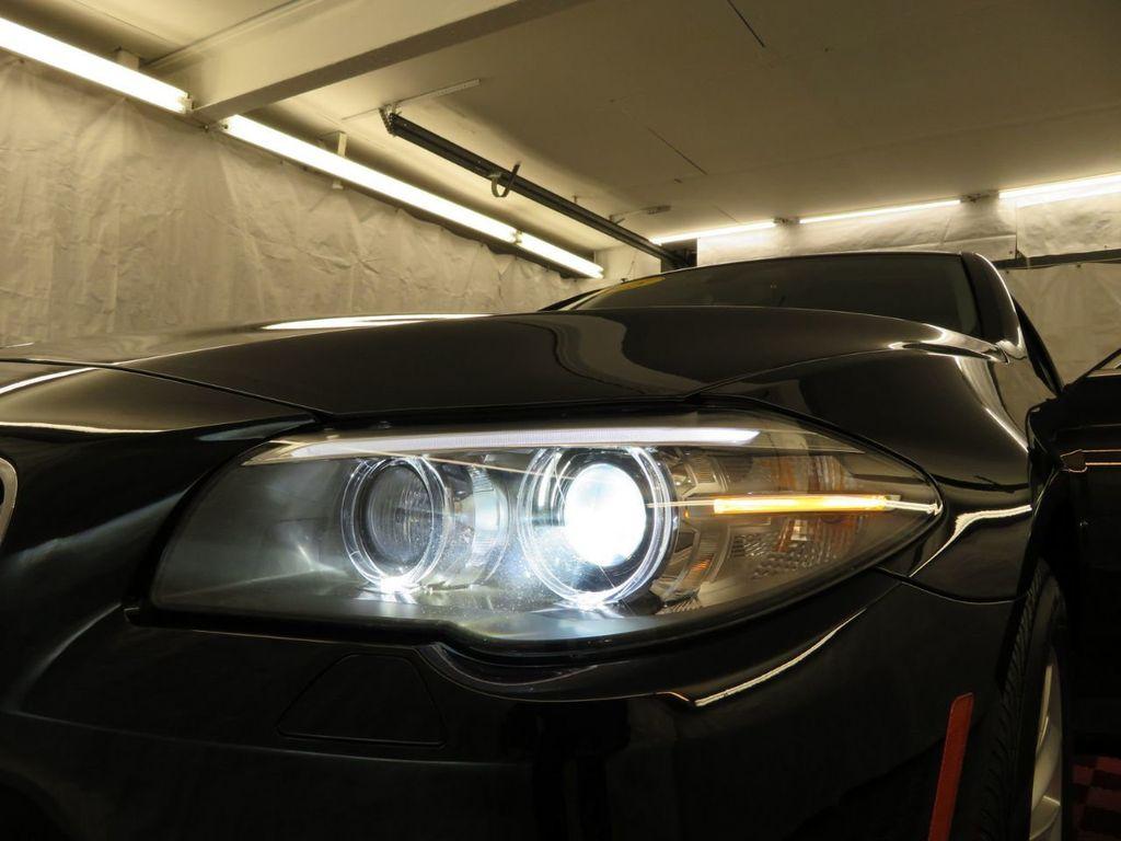2015 BMW 5 Series 528i xDrive - 18515963 - 33