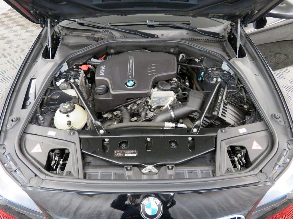 2015 BMW 5 Series 528i xDrive - 18515963 - 35