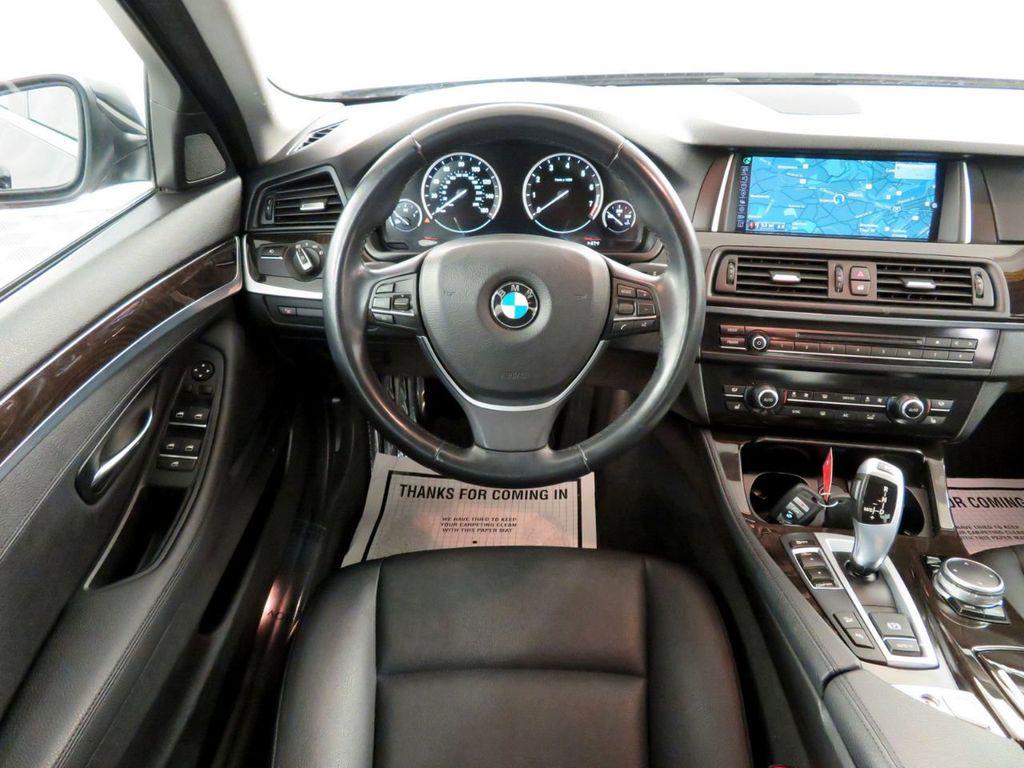 2015 BMW 5 Series 528i xDrive - 18515963 - 6