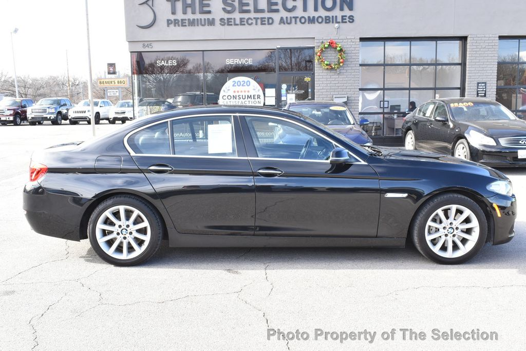 2015 BMW 5 Series 535i xDrive w/ Cold Weather & Premium Package. - 17625393 - 11
