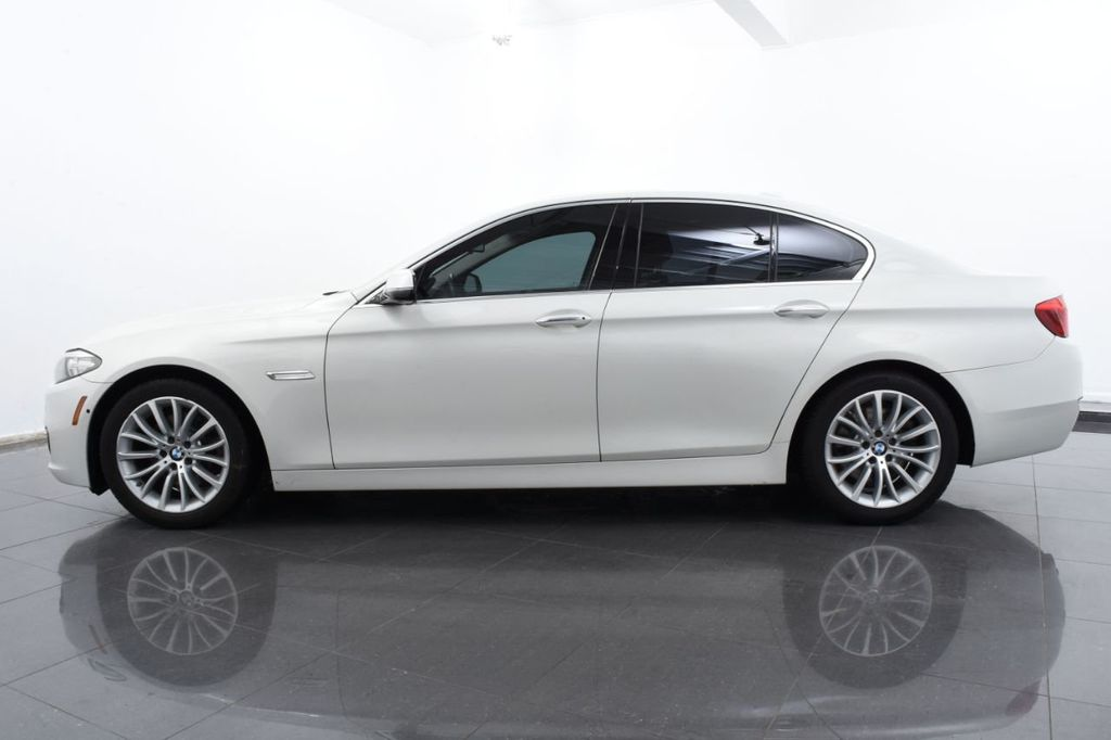 2015 BMW 5 Series LUXURY LINE - 17971224 - 10