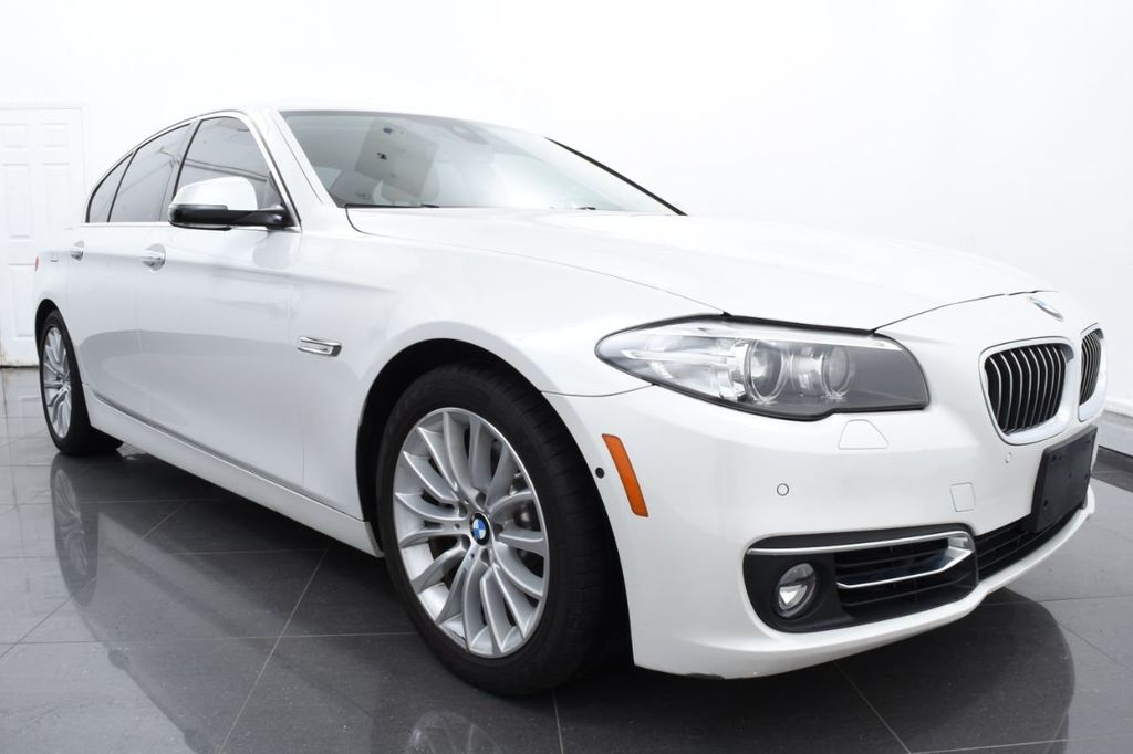 2015 BMW 5 Series LUXURY LINE - 17971224 - 1