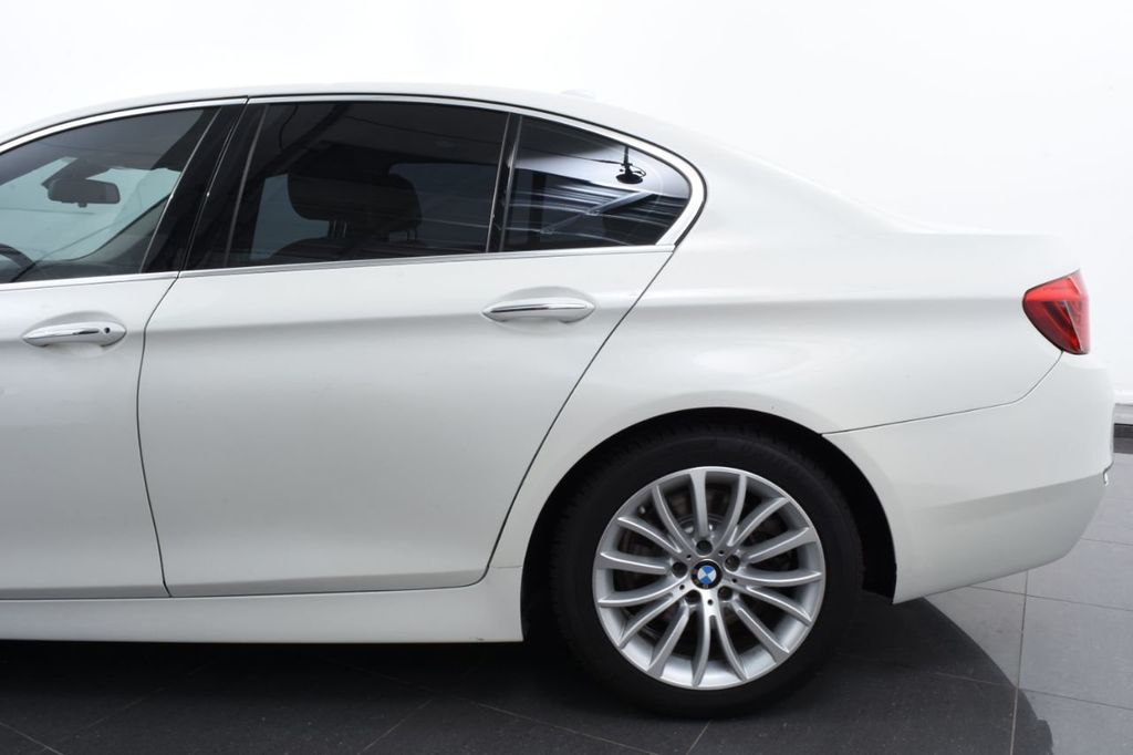 2015 BMW 5 Series LUXURY LINE - 17971224 - 6
