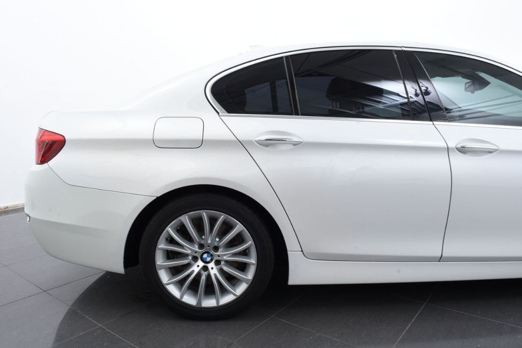 2015 BMW 5 Series LUXURY LINE - 17971224 - 7