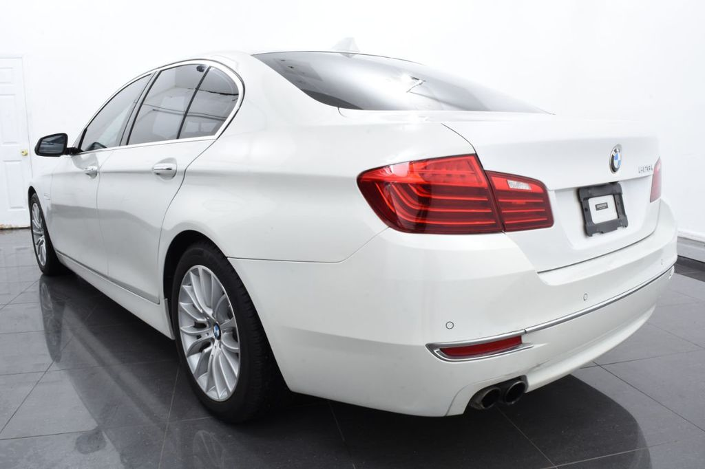 2015 BMW 5 Series LUXURY LINE - 17971224 - 8
