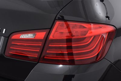 2015 BMW 5 Series LUXURY LINE - Click to see full-size photo viewer
