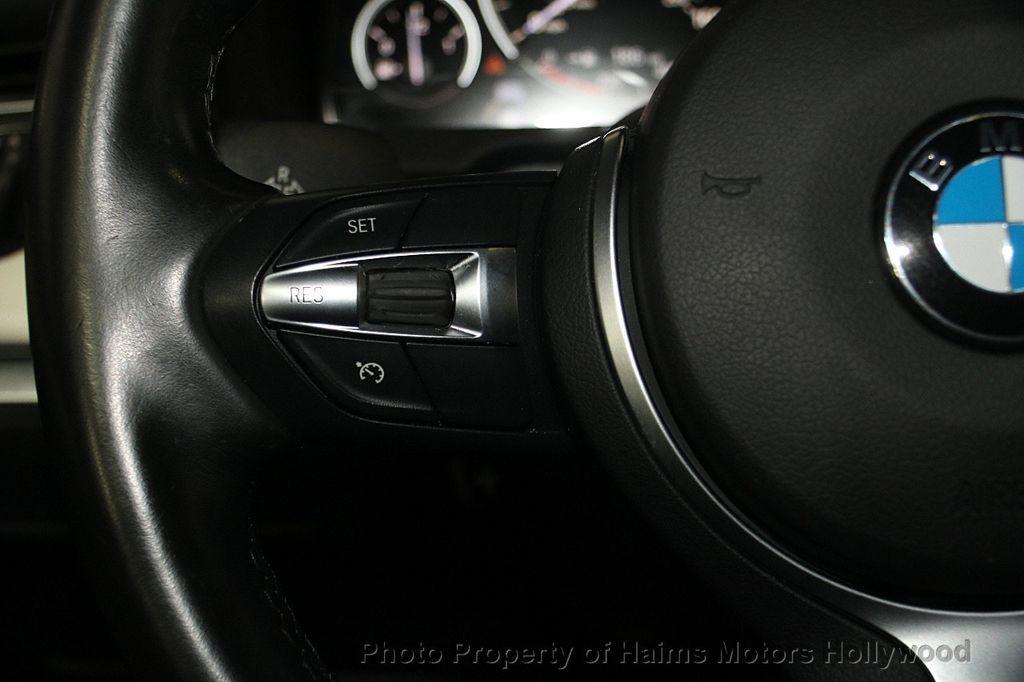 2015 BMW 5 Series Gran Turismo 535i Gran Turismo - 17160364 - 27