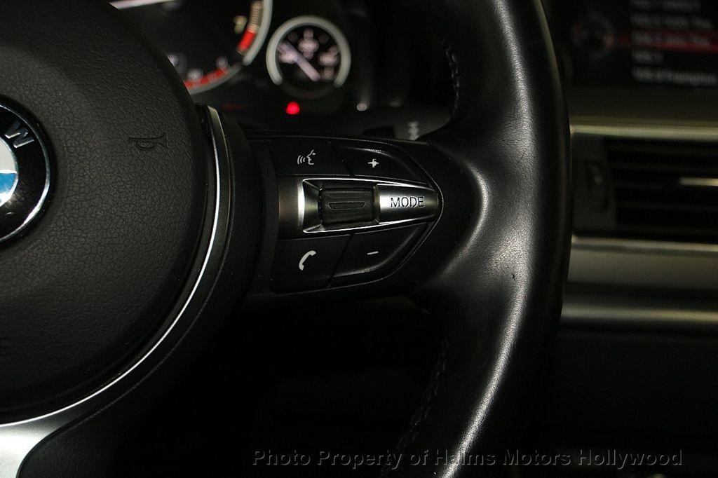 2015 BMW 5 Series Gran Turismo 535i Gran Turismo - 17160364 - 28
