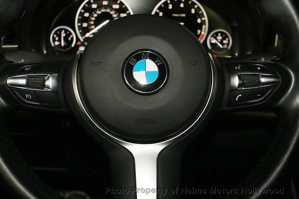 2015 BMW 5 Series Gran Turismo 535i Gran Turismo - 17160364 - 29