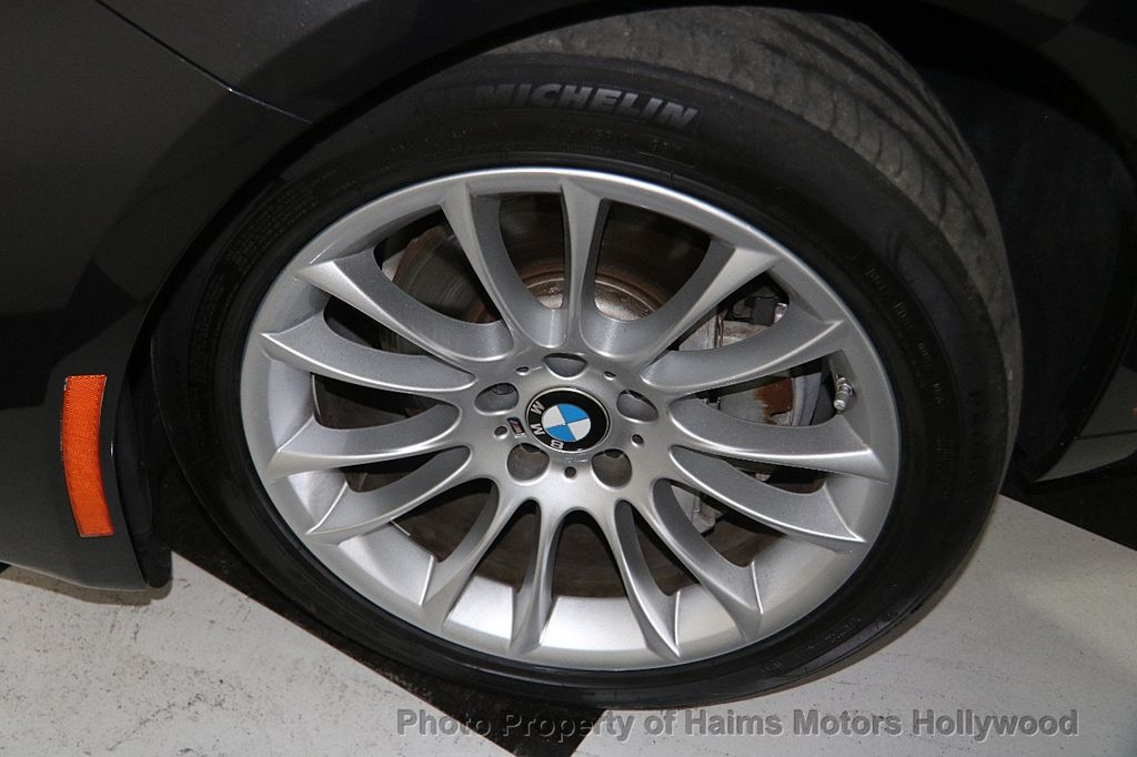 2015 BMW 5 Series Gran Turismo 535i Gran Turismo - 17160364 - 35