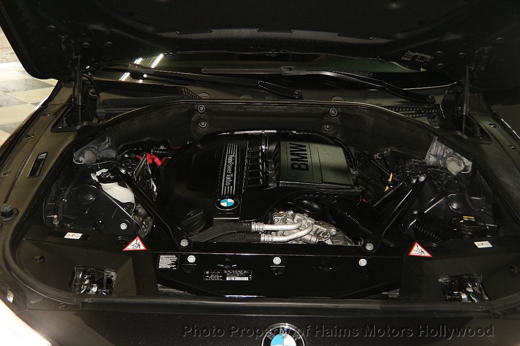 2015 BMW 5 Series Gran Turismo 535i Gran Turismo - 17160364 - 36