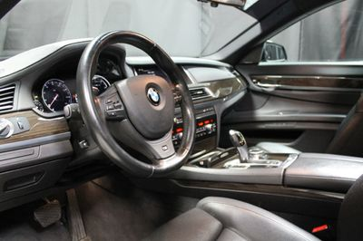2015 BMW 7 Series 740Li xDrive - Click to see full-size photo viewer