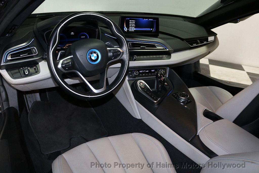2015 BMW i8  - 18272704 - 13
