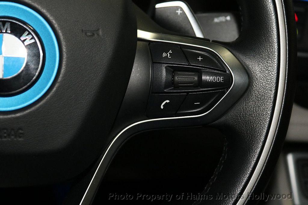 2015 BMW i8  - 18272704 - 26