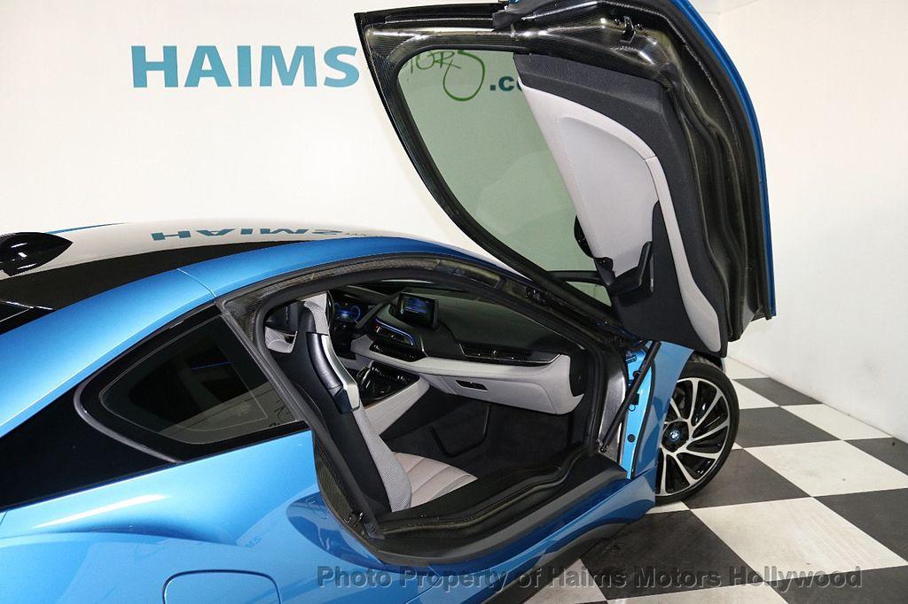 2015 BMW i8  - 18403372 - 12