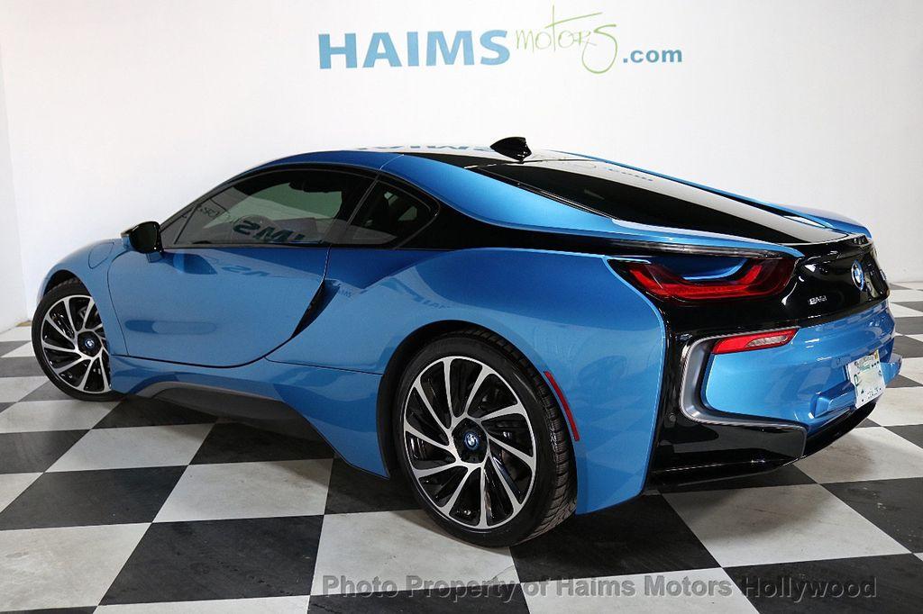 2015 BMW i8  - 18403372 - 5