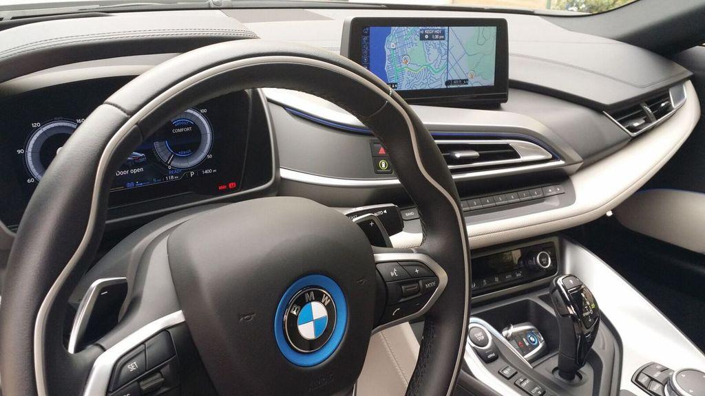 2015 BMW i8 PURE IMPULSE i8 PURE IMPULSE WORLD EDITION - 17048581 - 18