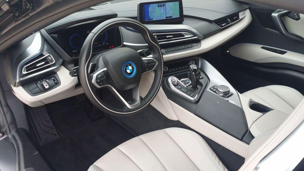 2015 BMW i8 PURE IMPULSE i8 PURE IMPULSE WORLD EDITION - 17048581 - 23