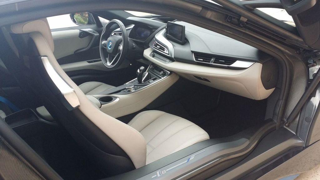 2015 BMW i8 PURE IMPULSE i8 PURE IMPULSE WORLD EDITION - 17048581 - 28