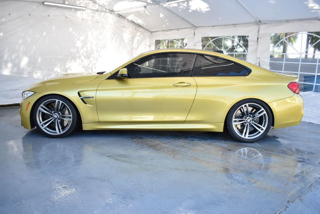 2015 BMW M4 2dr Coupe - 18387251 - 4